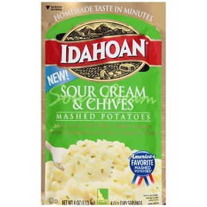 Idahoan Sour Cream & Chives Mashed Potatoes 4 oz. Pouch
